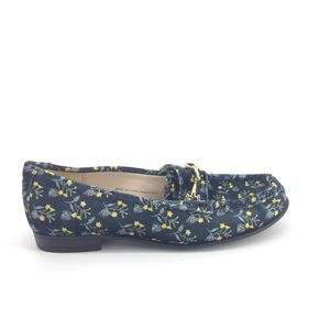 Cabi Carnaby Loafers 7Velvet Blue Floral Shoes